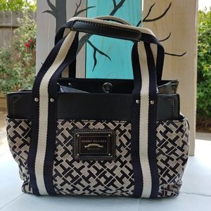 Tommy Hilfiger handbag and matching wallet